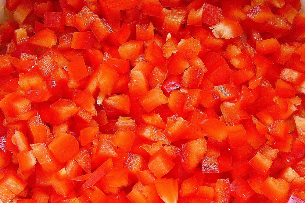 Red pepper in dices