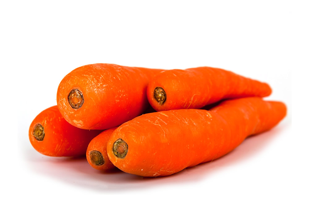 Frozen bio carrot in slices, in wavy slices, in dices and strips