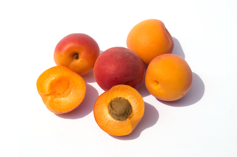 Apricot in halves